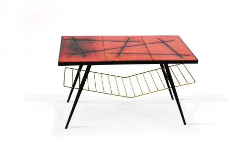 Table basse en céramique sur lave (France 1960)