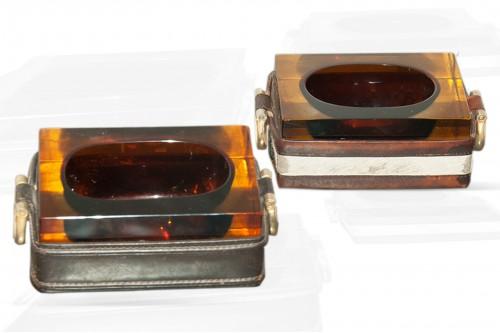 Cendriers en verre épais et cuir sellier piqué, set de 2