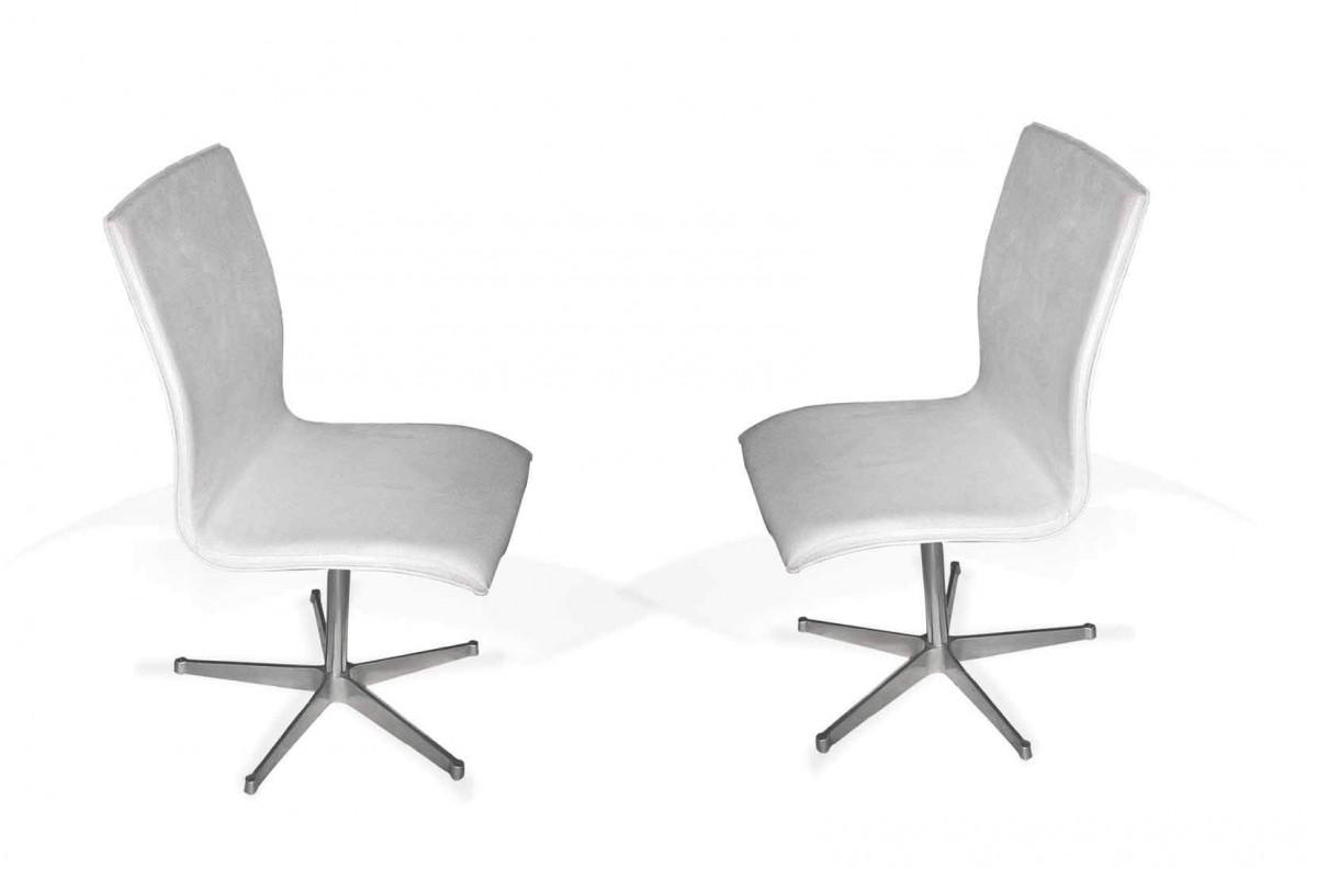 Paire de chaises de Arne Jacobsen, modèle Oxford, 1965