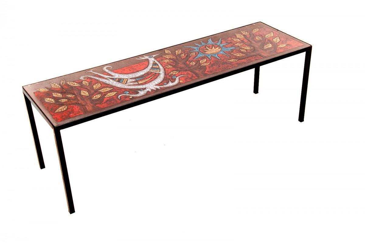 Table basse en Céramique émaillée sur plaque de lave par Jean Jaffeux