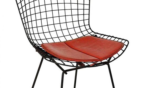 chaise bertoia noir
