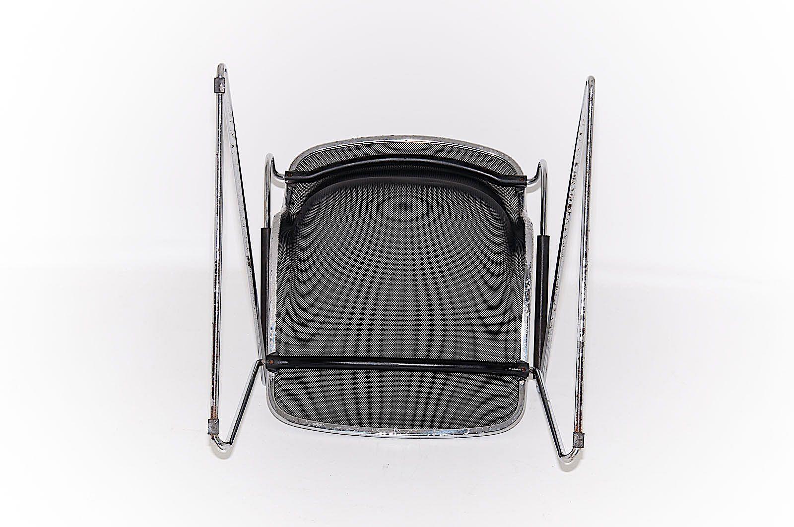 chaise Penelope vue de dessous