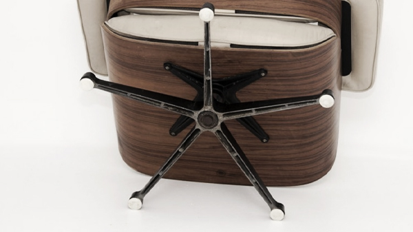 pied lounge chair